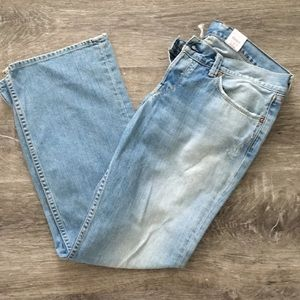 Lucky Brand jeans Candy crop size 10/30.